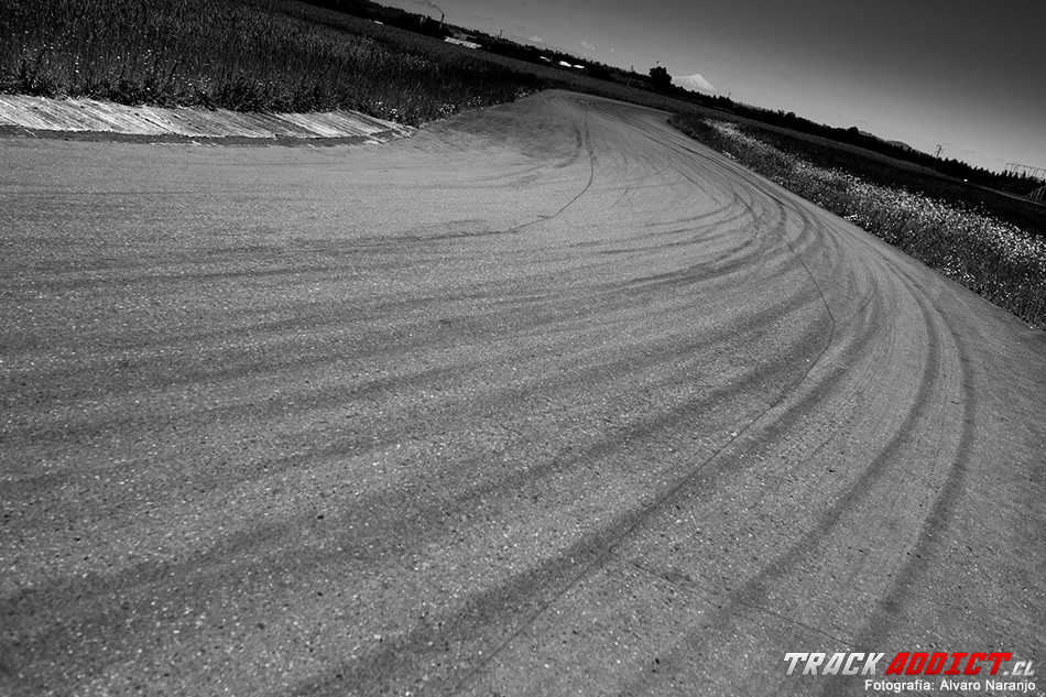 Track-Addict_Int-89 copy
